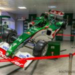 """""""Сочи Автодром"""". Музей. Выставочный экспонат - настоящий болид Формулы-1."""
