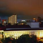 Здание зимнего театра г.Сочи. Вечер.